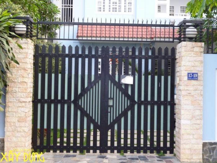 Làm cửa sắt, cầu thang sắt tại quận Thủ Đức/ 0936890585