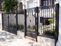 Lắp đặt hàng rào sắt chống trộm quận 10