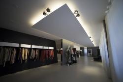 Mẫu thạch cao cho showroom bán hàng